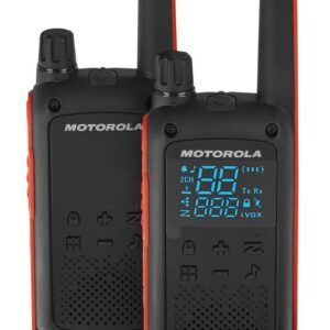 Walkie Talkie Motorola Go Adventure PMR T82 with Hands Free Port of 2.5mm Black with Led Torch and Hands Free Connector. Coverage 10 km
